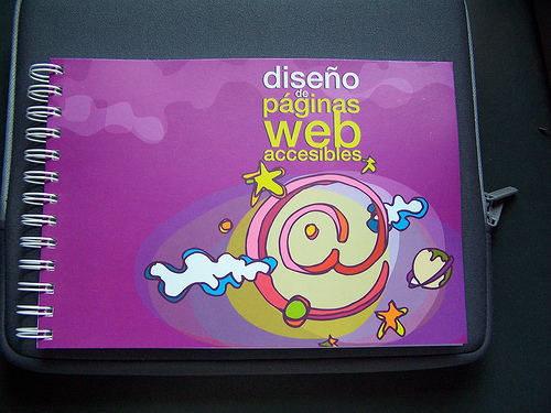 BaseKit ofrece creación online y alojamiento de webs a pymes