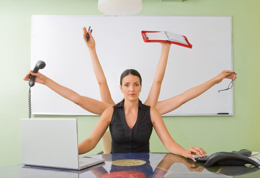 10 beneficios de usar un auxiliar administrativo virtual